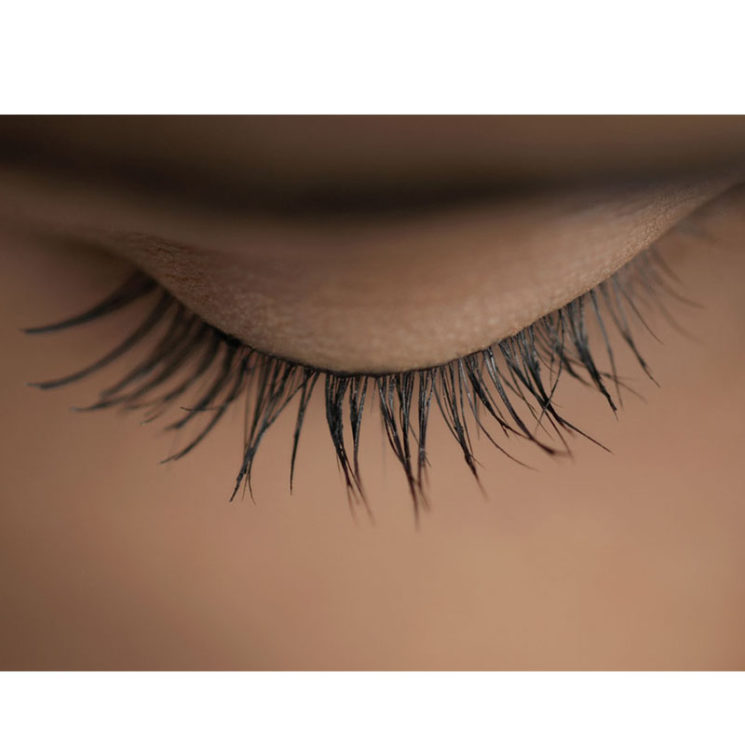How to care for your eyelashes