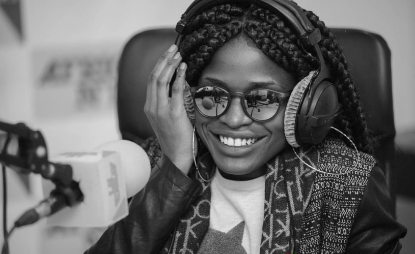 Pictures of Reniss in France for her 'Dans la sauce tour'