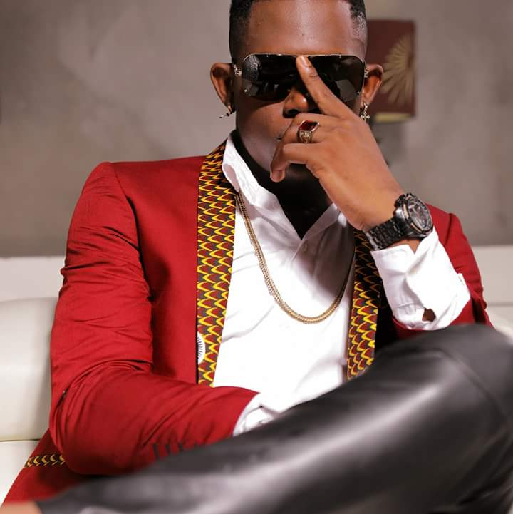 """Tenor blesses his music followers with """"on finit"""" its magic . Listen here"""