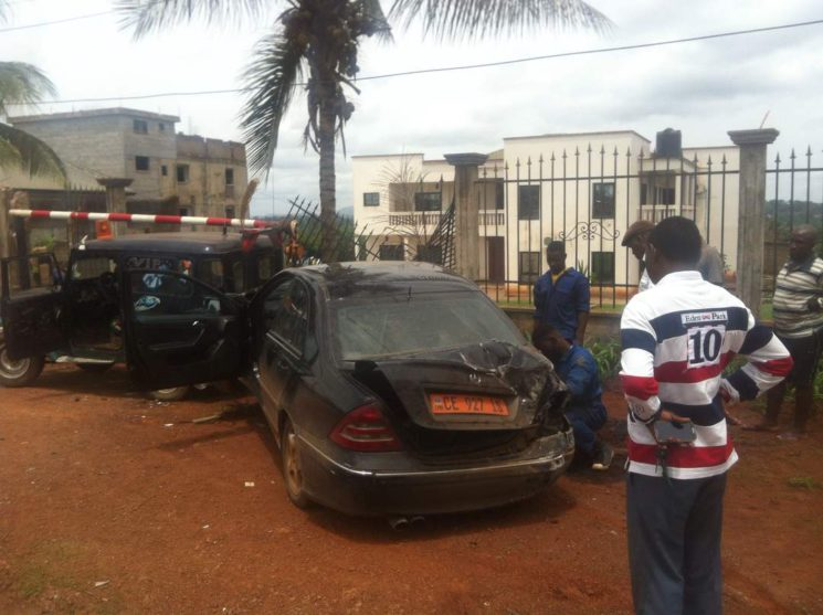 Images:A vehicle drives into the residence of Ni John Fru Ndi in Yaounde.